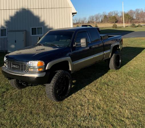 Photo 2002 GMC Sierra 1500 - $4,900 (Sycamore IL)