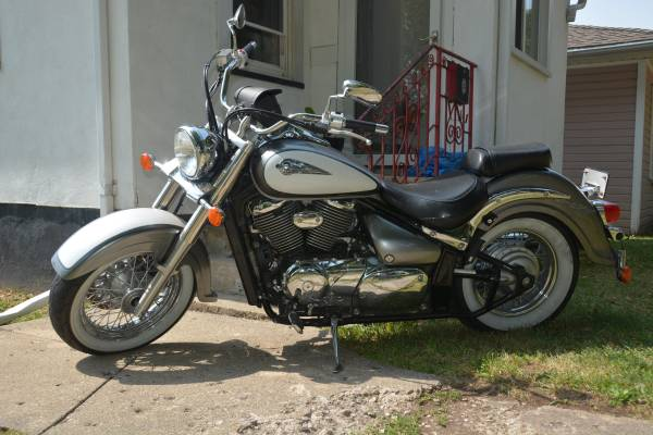 Photo 2003 Suzuki Volusia - $3,000 (La Salle)