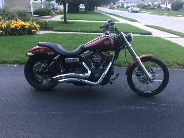 Photo 2010 fxdwg Harley Davidson Dyna Wide Glide (wideglide) - $8,600 (joliet)