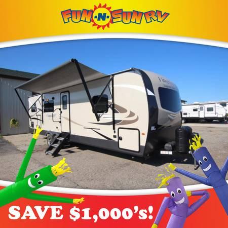 Photo 2020 Flagstaff Super Lite 29RKSW Travel Trailer RV Cer - $31,775