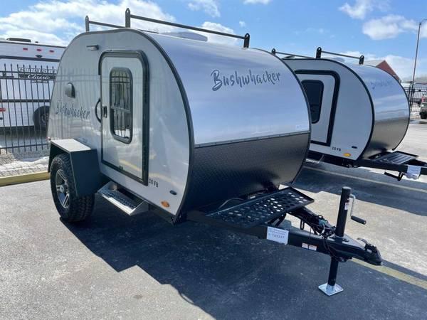 Photo 2021 Braxton Creek 10FB Bushwhacker 7X3237 teardrop trailer - $10,595 (Big Rock)
