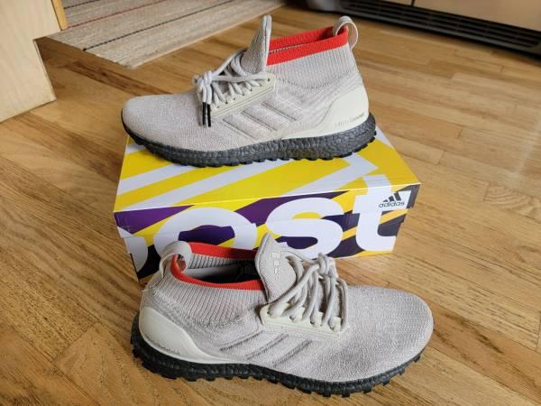 Photo Adidas Ultraboost All Terrain - Men39s 9.5 - AQ0471 - Mint Condition - $130 (Wicker Park  Bucktown)