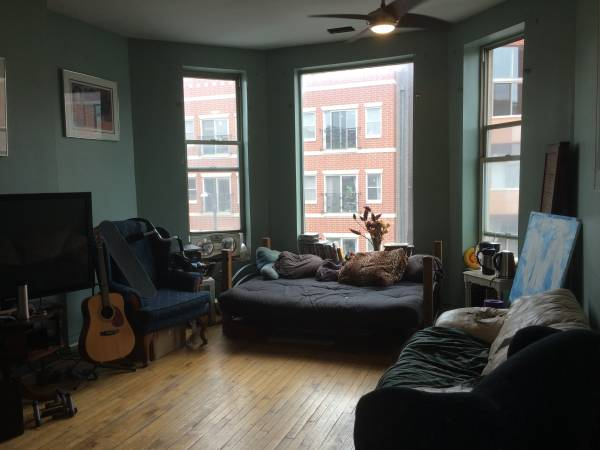 Photo Bedroom in Creative Wicker Park 4 Brd Apt (Wicker Park)