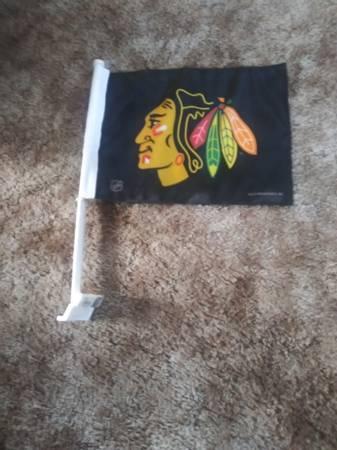 Photo Chicago BlackHawks Car Flag - $5 (Oak Lawn)
