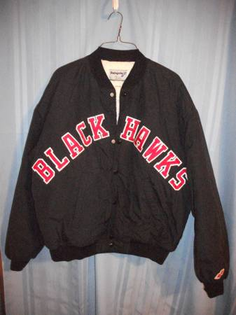 Photo Chicago Blackhawks lightweight jacket - $25 (Peru, Illinois)