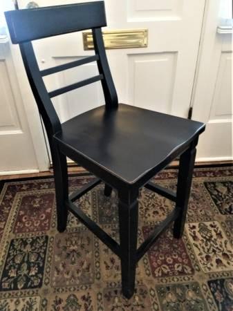 Photo Counter Stool  Kitchen Chair - $95 (Wilmette)