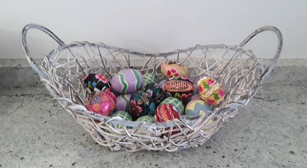 Photo Easter eggs, painted wood 12 total for $12 - $12 (Beverly  Morgan Park Chicago)