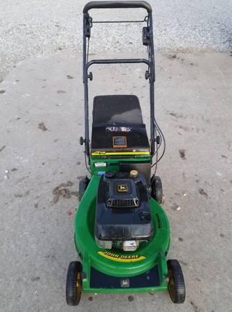 Photo John Deere JX75 Commercial Mower - $260 (Dalzell)