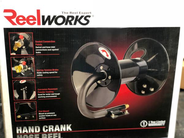 Photo New ReelWorks L201303A Hand Crank Air Compressor Hose Reel without Hos - $40 (Braidwood, IL)