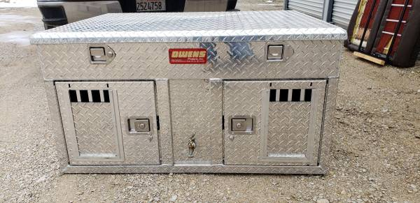 Photo Owen39s 2 door double aluminum dog box - $900 (Reddick)