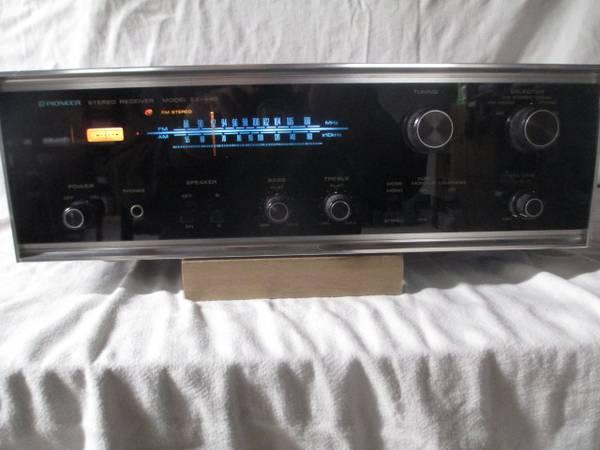 Photo PIONEER SX440 Vintage Stereo Receiver - GUARANTEED - $165 (Joliet, IL)