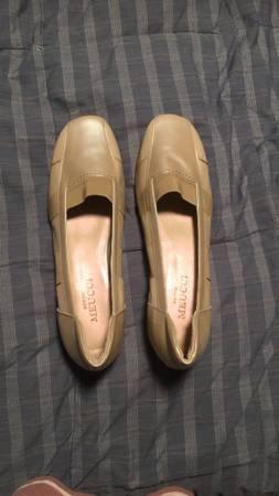 Photo Womens Sesto Meucci shoes - $30 (Lincoln Square)