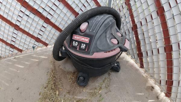 Photo 12 Gallon Craftsman Shop Vac - $30 (Las Cruces)