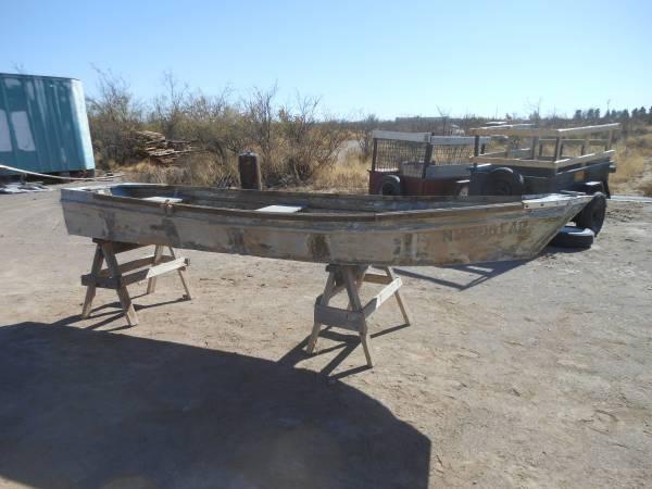 Photo 14 ft. Aluminum V-haul Arkansas Traveler Boat - $350 (Deming)