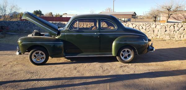 Photo 1947 Ford Deluze - $12,900 (Las cruces)