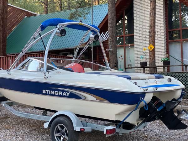 Photo 2001 Stingray 200xl Boat Wakeboard Tower 5.0 Mercury - $12,000