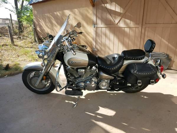 Photo 2002 Yamaha road star Silverado edition xv1600 - $3,000 (Laguna)