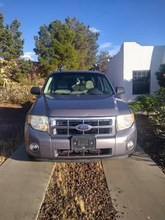 Photo 2008 Ford escape - $4000 (Las Cruces, NM)