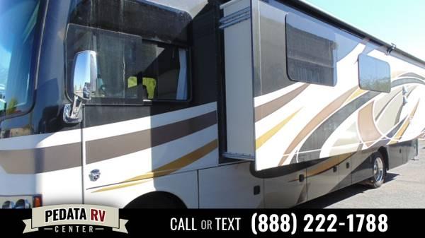 Photo 2015 Thor Motor Coach Miramar Class A - $79,995