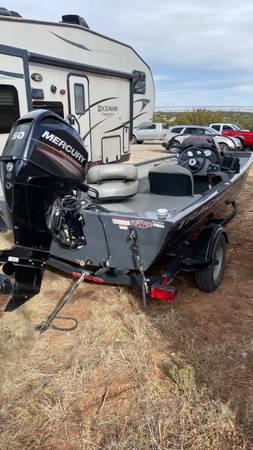 Photo 2018 Bass Tracker boat for sale - $12,000 (Albuquerque)