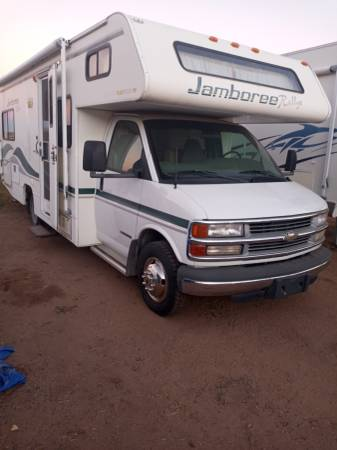 Photo Chevy RV 2000 3500 clean title - $28,000 (santa fe)