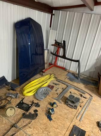 Photo Corvette parts (Las Cruces)