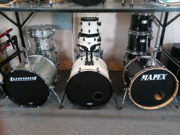 Photo DRUMS AND DRUM PARTS (LOWER VALLEY EPT)