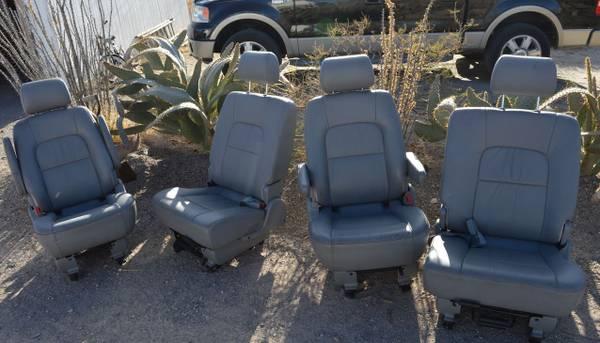Photo KIA SEDONA SEATS - $150 (TRUTH OR CONSEQUENCE)