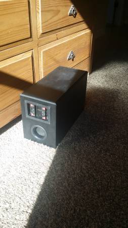 Photo KLH Audio System 6quot incased Srrnd Snd Sub Woofer (or bst offr) - $150 (Las Cruces)