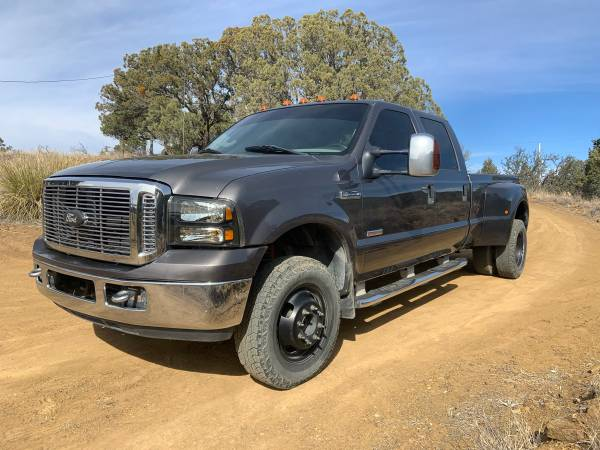 Photo REDUCED - 2007 Ford F350 4WD Dually - $11500
