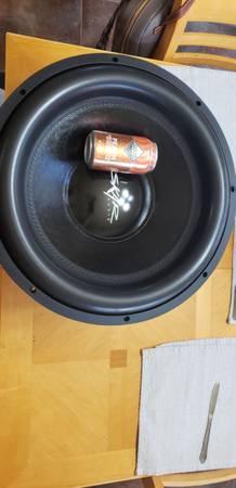 Photo skar audio evl-18 dual 2ohm - $420 (Las Cruces)