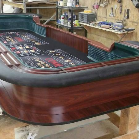 Photo 1239 Casino style craps table - $3600 (Arizona)