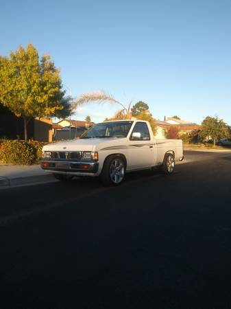 Photo 1997 Nissan Hardbody - $5,200 (Las Vegas)