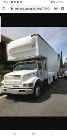 Photo 1999 International Bobtail Moving Truck - $6800 (Las Vegas)
