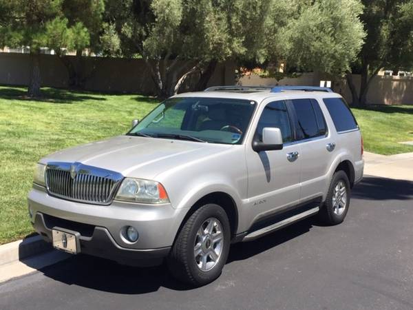 Photo 2005 LINCOLN AVIATOR MID SIZE (EXPLORER) IN EXCELLENT CONDITION - $4,900 (S.W. LAS VEGAS)