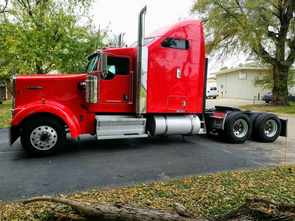 Photo 2009 Kenworth w900l - $33000 (Omaha)