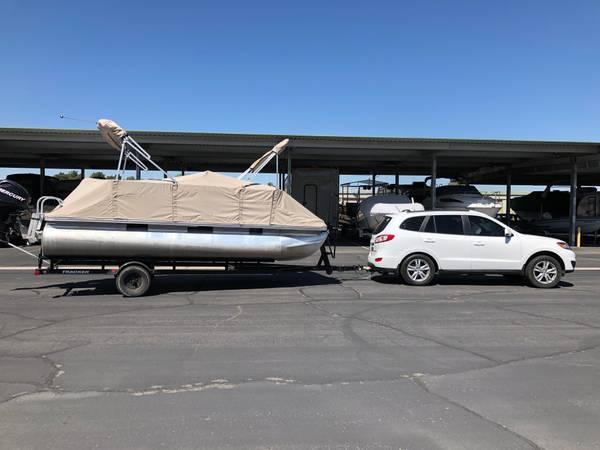 Photo 2011 Sun Tracker Bass Buggy 18 Pontoon Boat - $14,995 (Las Vegas)