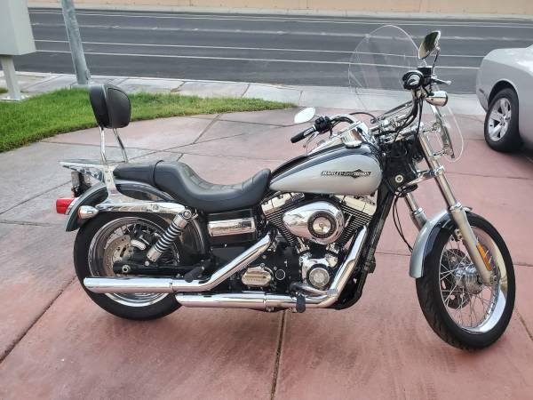 Photo 2012 Harley Dyna Super Glide - $8,900 (NW Las Vegas)