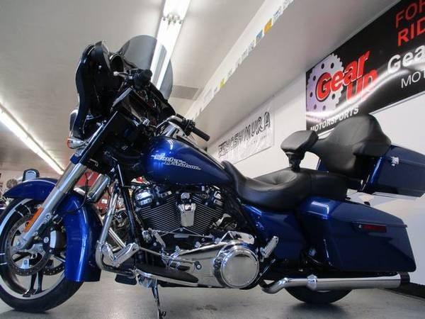 Photo 2017 HARLEY DAVIDSON STREET GLIDE SPECIAL WITH TOUR PAK. - $19995 (GEAR UP MOTORSPORTS)