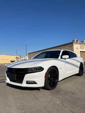 Photo 2018 dodge charger RT 22 inch rims 5.7 v8 - $21500 (las vegas)