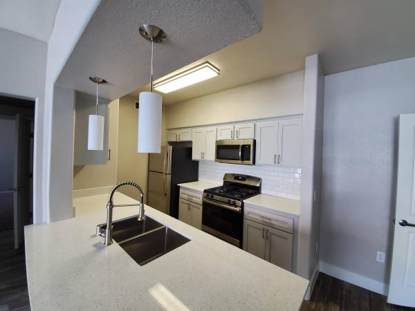 Photo $500 off move in cost Apply Online Today (Las Vegas)