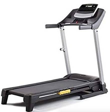Photo 50 off retail price  LIKE NEW Golds Gym 430i Treadmill - $200 (hacienda  decatur)