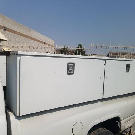 Photo 96.25 in. White Steel Full Size Top Mount Truck Tool Box - $1,250 (Las Vegas)