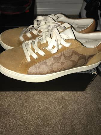 Photo Coach mens shoes Great condition - $40 (Henderson)