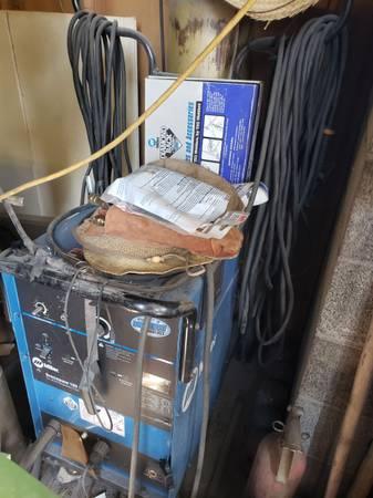 Photo Miller Syncrowave 180 sd. Welding machine - $1,100 (Las Vegas)