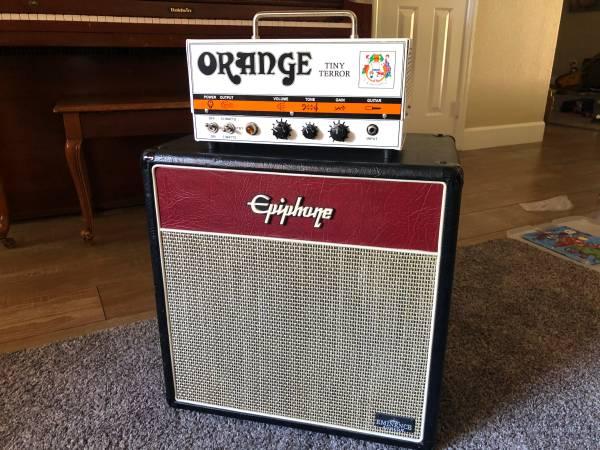 Photo Orange Tiny Terror  112 cab (Vintage 30)  original speaker - $300 (Henderson)