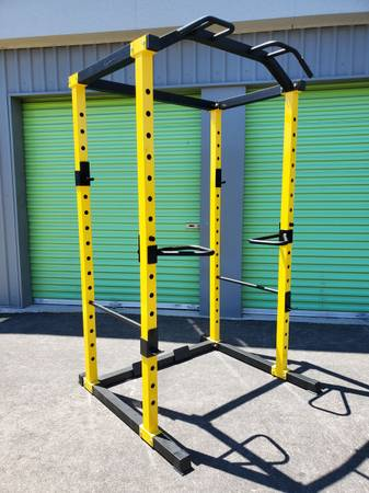 Photo Power Cage Squat Rack Dip Station Fitness Gym Exercise Workout New And Assembled - $399 (North Las Vegas)