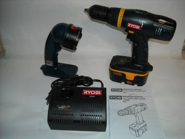 Photo Ryobi 18V Drill Kit, battery, charger, flashlightXLNT - $45 (Henderson)