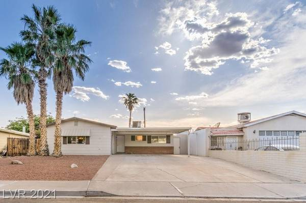 Photo This home stands out Home in Boulder City. 3 Beds, 3 Baths