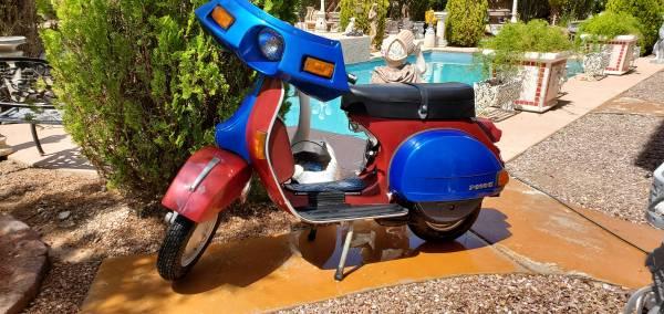 Photo VESPA PIAGGIO 200CC 1980 - $5,500 (LAS VEGAS)